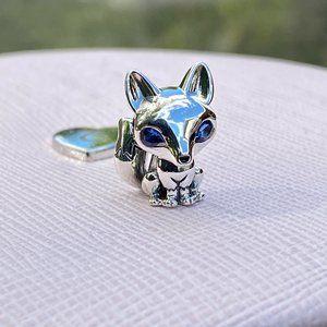 PANDORA Blue-Eyed Fox Charm